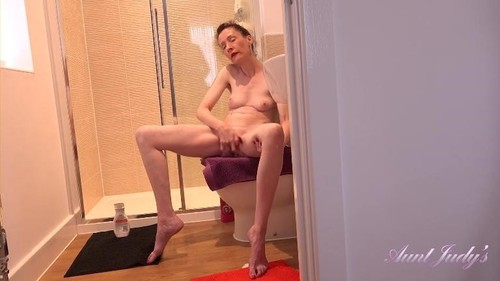 In The Shower [FullHD]