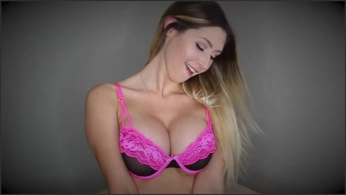 Tits 💐 look at my This woman
