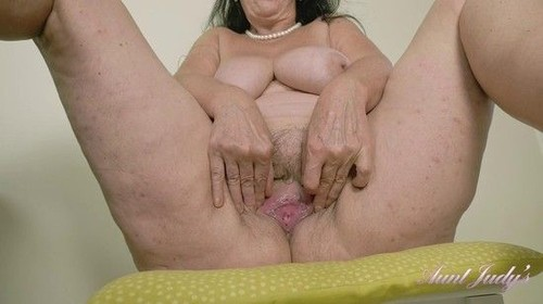 """Esmerelda Horny Porn Watching At The Kitchen Table in """"Aunt Judys"""" [SD]"""