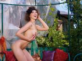 Anita E - Fuente (x121)