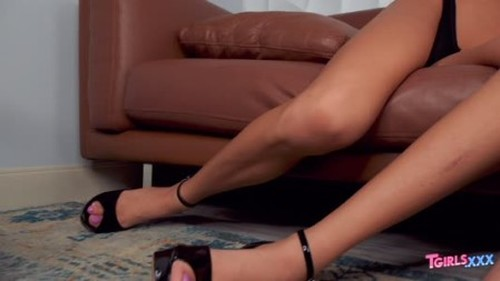 Tgirls.xxx Cassie Sparkles  King Epicleus - Cassie Gets Her Ass Fucked Hard 04 Dec 2019 - Trans, Shemale Porn Video