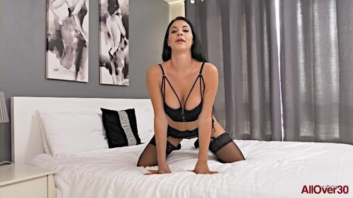 Mature Pleasure [FullHD]