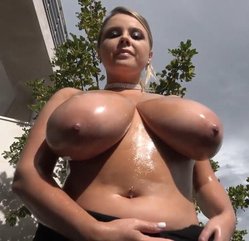 Big Tits Pussy