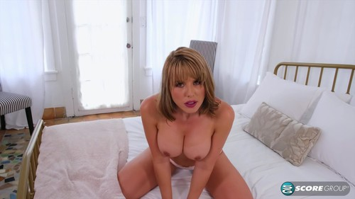 Jack-Off Instructions From A Hot Milf [FullHD]