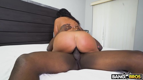 Breaking And Entering In That Pussy [HD]