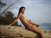 Pin - Thai Girl