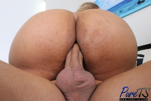 """Diana Makary in """"Big Booty Trans Latina Bounces On Some Dick"""" [HD]"""