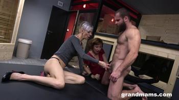 Grandmas Threesome GrandMams