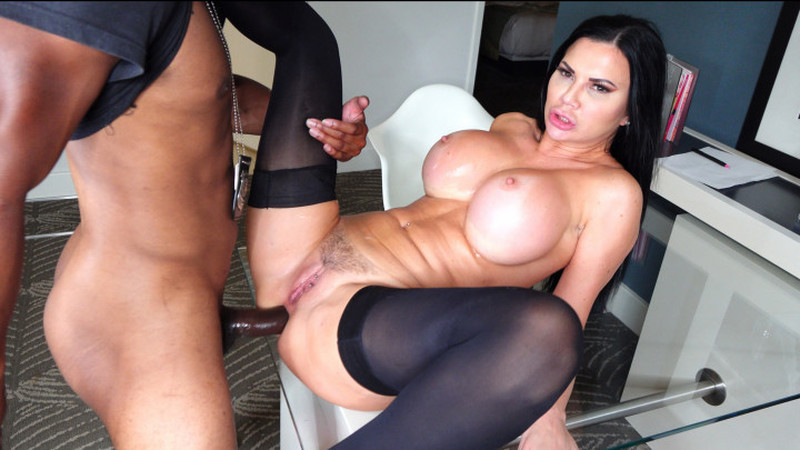 Dickdrainers XXX – A Mother Will Do ANYTHING For Her Son