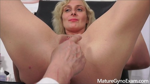 Mature Gyno Exam [HD]