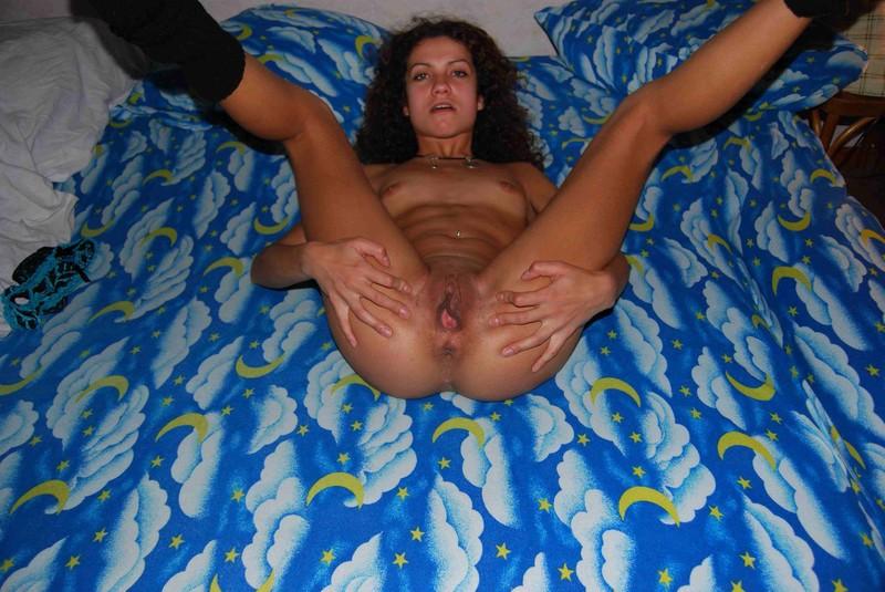 nude girlfriend pics