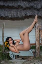 Valeria E Play with Me - 111x  s7182bl6ga.jpg