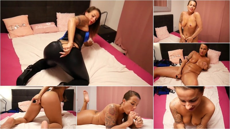 KatyQueen - Wetlook Leggings Show [FullHD 1080P]
