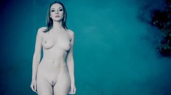 Naked Glamour Model Sensation  Nude Video - Page 7 Tnemjoqs70oy