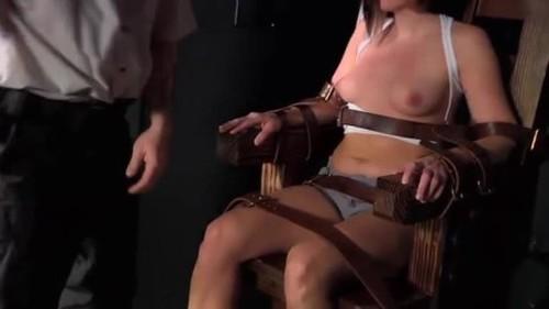 Laraes Execution - Extreme Fantasy Snuff, Necro Porn