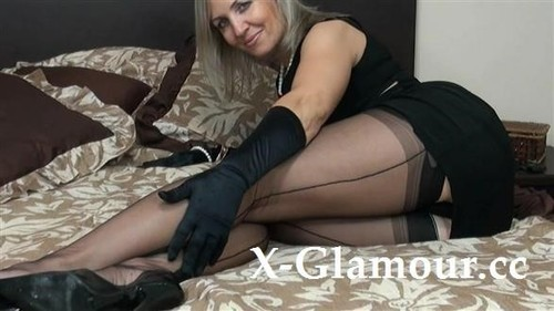 Polish Woman In Nylons [HD]