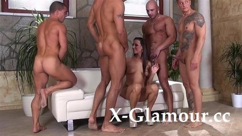 They Challenge Her Alright [FullHD]