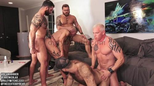 RawFuckClub - Muscle Daddy Orgy Fuckfest Part 2: Riley Mitchel, RC (Ryan Carter), Digger, Teddy Bear, Jake Nicola Bareback (Jul 20)