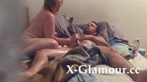 Oily Handjob And Cock Ride Session From A Chubby Mature Blonde [HD]