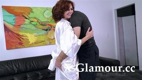 Mommy Continues To Learn Her Place [FullHD]