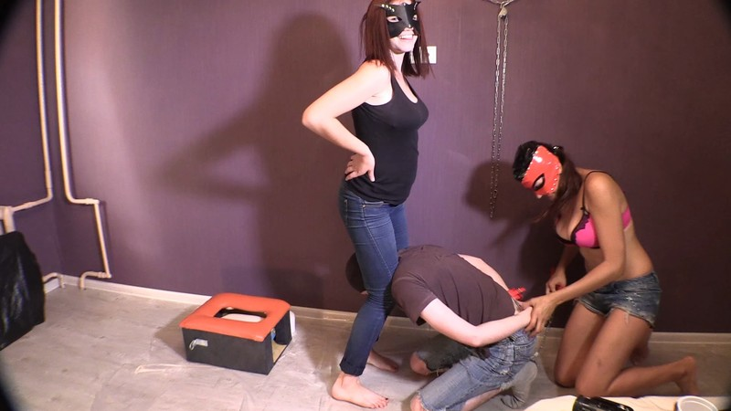 Princess Grace and Erin scat piss FARTING