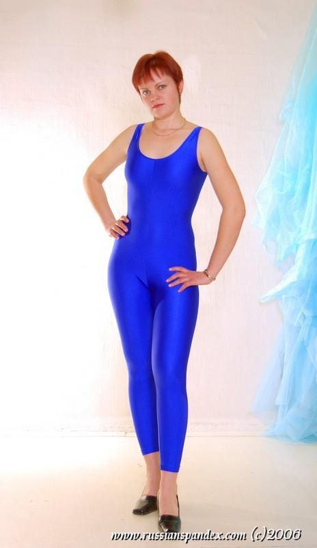 lovely ginger babe in blue unitards