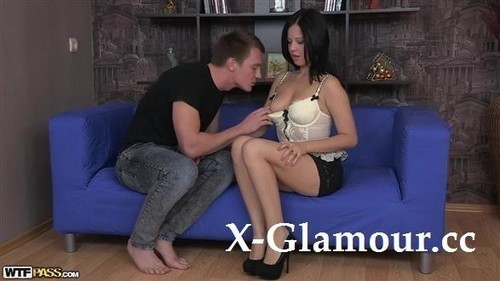 Lingerie Porn Of Gal In High Heels [FullHD]