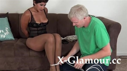 Ebony Mature Getting Tied Up And Ball-Gagged [FullHD]