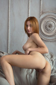 Valeria - Satisfy (x84)