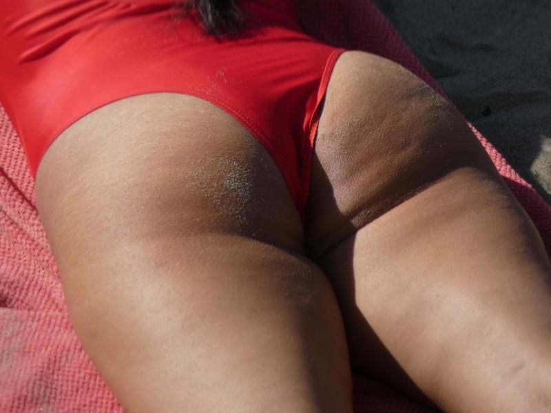 dirty beach milf ass in red 1 piece swimsuit
