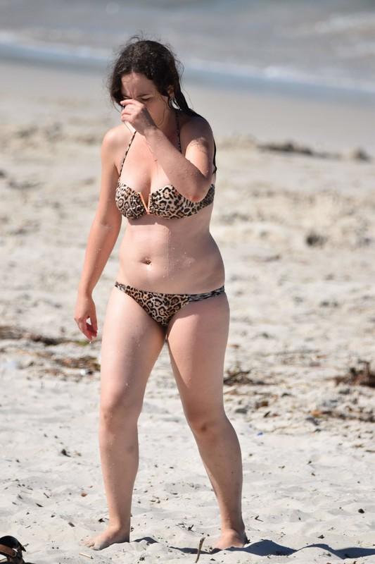 beach milf in wet leopard bikini