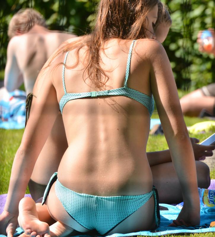 handsome lesbian girls bikini voyeur gallery
