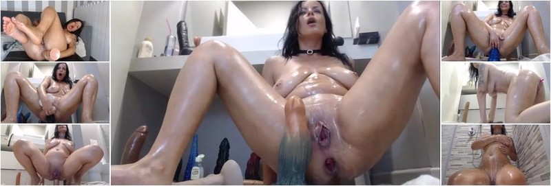 NaughtyElle - How to do without bulls and wash your pussy with coronavirus. Video tutorial from NaughtyElle. (SD)