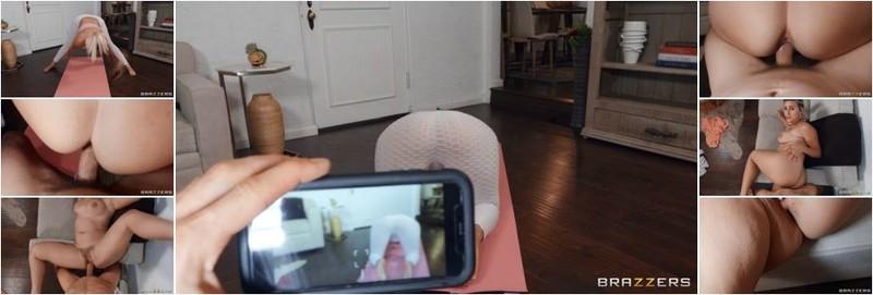 Indica Monroe - Downblouse Yoga 2 (HD)