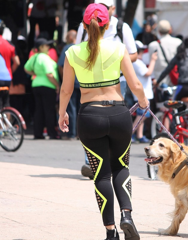 dog walker chick in sexy fitness uniform