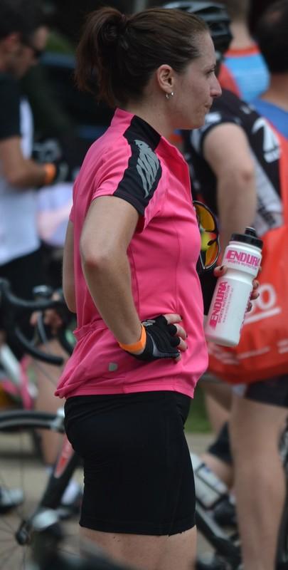 hot milf bicycle shorts voyeur pics