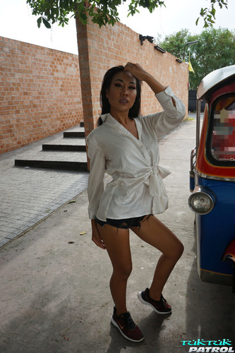 Tuktukpatrol - Fernie: The No Holds Barred Star  new 2020