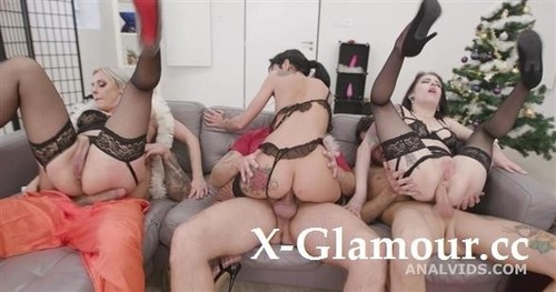 Fuck, This Aint Normal Christmas 1 Wet, Mad House, Balls Deep Anal, Dap, Gapes, Pee Drink, Buttrose And Creampie Gio1671 [SD]