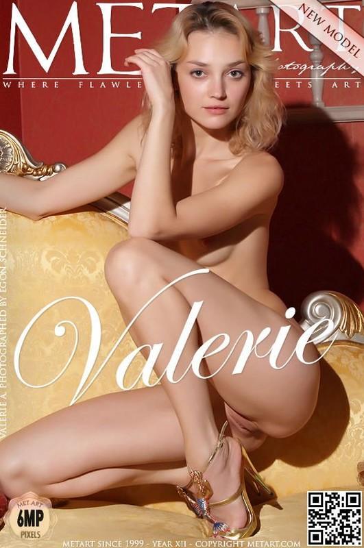 Valerie A - Presenting Valerie (x120)