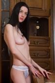 Olga L - Premiere (x100)