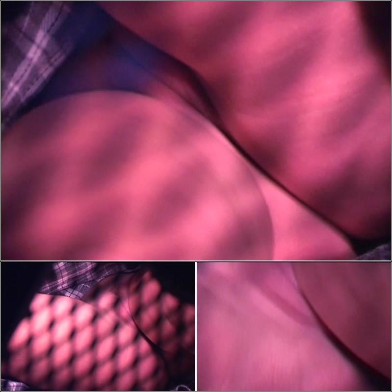 Upskirt No Panties 4187