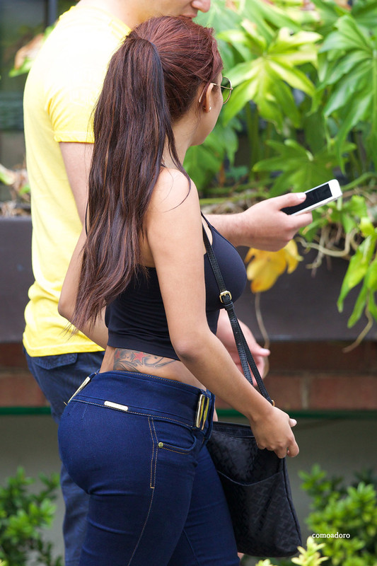 candid hispanic booty tight jeans foto album