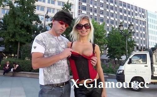 Sandra Ice - Sandra Offerte En Gang-Bang ! (FullHD)
