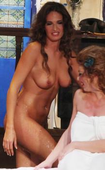 Eva Laskari  nackt