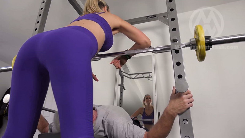 Mistresswhiplash - Wl1544 : Nikki Facesits A Guy In The Gym [FullHD 1080P]