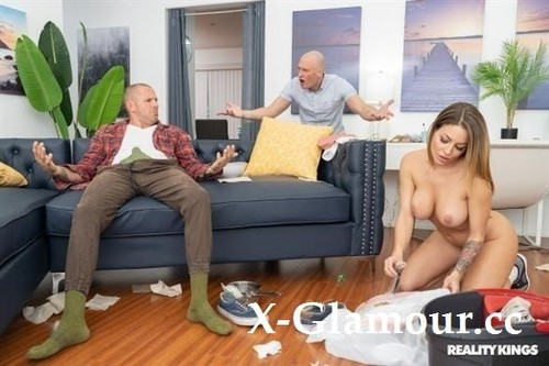Kissa Sins - Cumming On The Cleaning Lady [SD/480p]