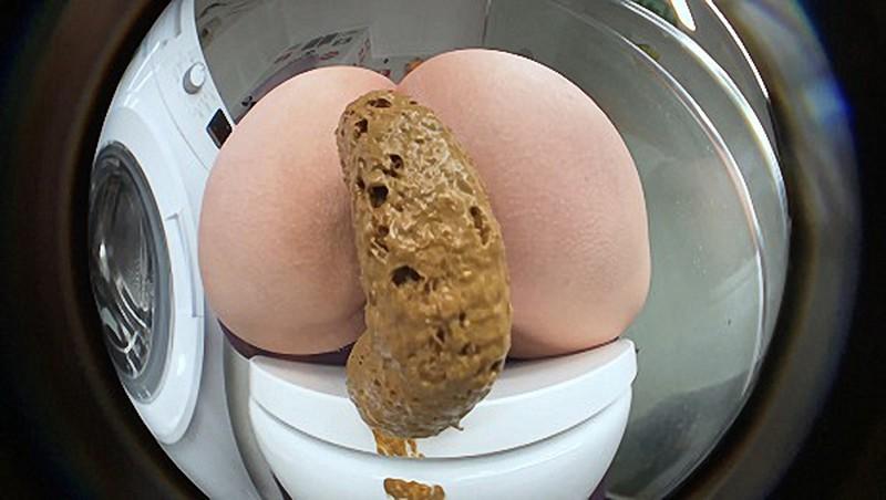DirtyBetty - Big Assed Girl Pushing Hard [UltraHD/4K 2160P]