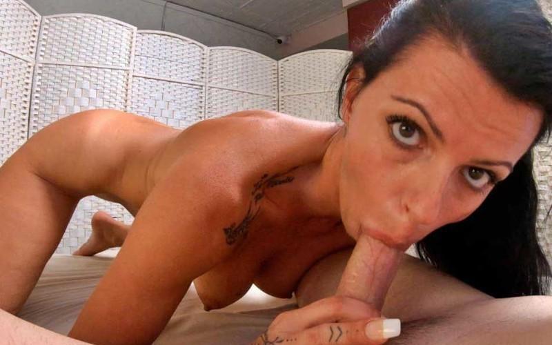 Nina Roca - Mature woman fucks the boy - COMO LE GUSTA A LA MADURITA [HD 720P]