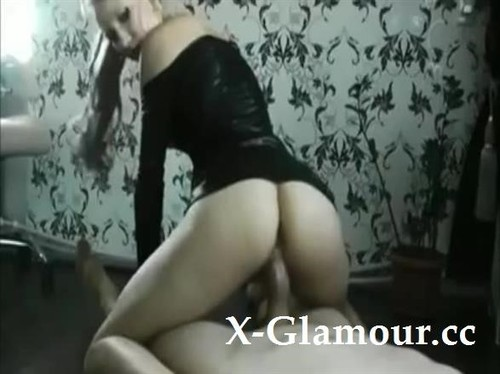 Amateurs - Blond Amateur Girl In Latex Outfit (SD)