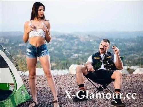 Kylie Rocket - Karl Goes Kamping (SD)